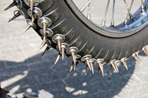 шипы на мотоцикл